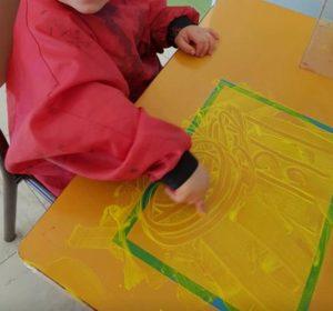Pédagogie des espaces - table à peindre